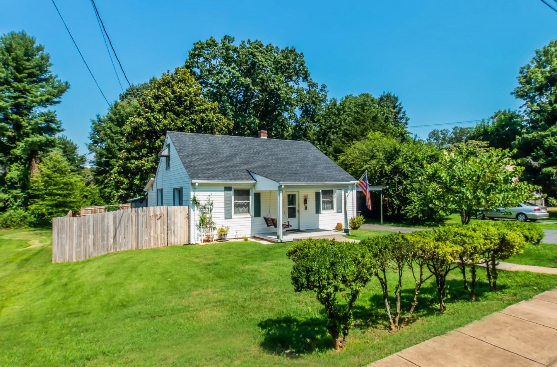 1017 Birdwood Rd Charlottesville VA 22903