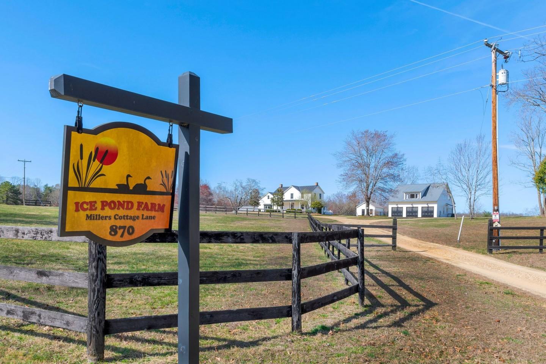 Ice Pond Farm Earlysville VA 22936