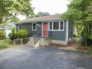 916 Rockland Ave Charlottesville VA  22902